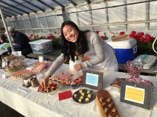 A Way to Give Back-Simply Macarons by Jaelin